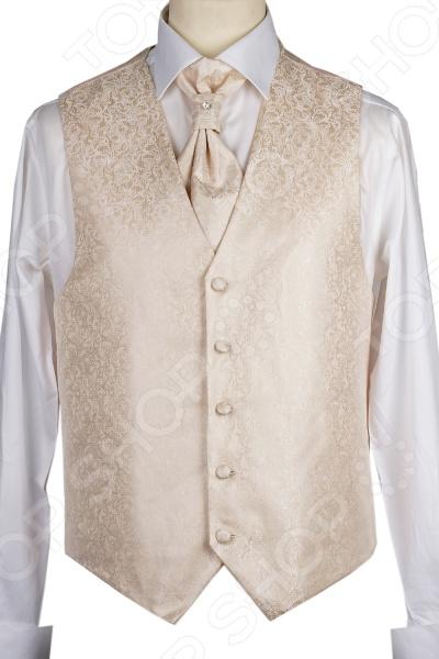 Жилет Mondigo 20648. Цвет: бежевыйЖилеты<br>Жилет Mondigo 20648 это деталь классического мужского костюма. Сегодня жилет стал неотъемлемой частью гардероба стильного мужчины, следящего за модными тенденциями. Эта модель отлично будет сочетаться с пиджаком. Жилет также можно использовать и как самостоятельный предмет одежды для создания образа в стиле casual . Жилет это возможная альтернатива пиджаку, при этом он не сковывает движения. Этот предмет одежды позволит создать деловой образ, но чувствовать себя гораздо удобнее в теплое время года.<br>