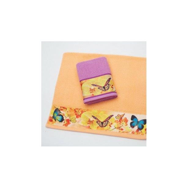 фото Полотенце махровое Романтика Порхание бабочек. Размер: 50х90 см. Цвет: абрикосовый