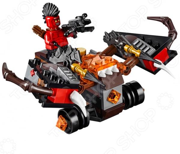 Конструктор LEGO «Шаровая ракета»Конструкторы LEGO<br>Конструктор LEGO Шаровая ракета отличный подарок для вашего малыша. Внутри яркой упаковки находится набор из 95 деталей. Собрав все части воедино, у ребенка получится боевая машина, которой управляет Огнеметатель. У этого персонажа только одна задача напасть на королевскую крепость, охраняемую гвардейцами. Шаровая ракета по своей форме похожа на гигантский арбалет. Она оборудована мощными ракетницами, которые стреляют Глоблинами, нанося максимальный урон постройкам противника. Конструкторы Lego развивают пространственное и логическое мышление, фантазию, творческие способности и мелкую моторику рук. А с каждым новым набором в коллекции будут расширяться варианты игровых сценариев.<br>