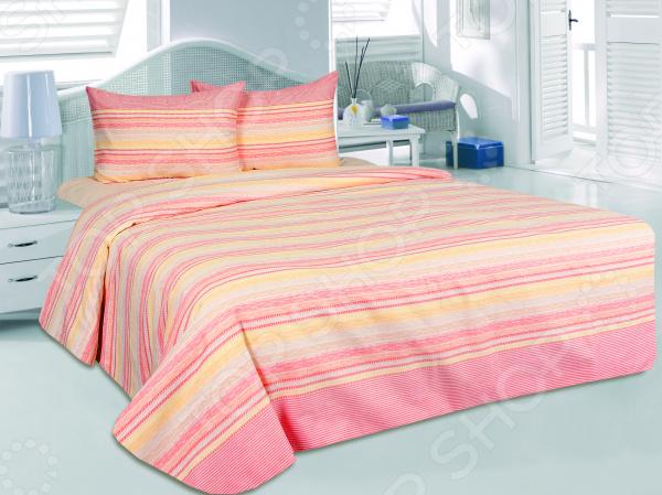 Комплект постельного белья Tete-a-Tete «Элени». 1,5-спальный1,5-спальные<br>Как известно, треть своей жизни человек проводит во сне. Именно поэтому, то, насколько бодрым и активным будет ваше завтрашнее утро, напрямую зависит от того, насколько комфортным и полноценным был ваш ночной отдых. Не последнюю роль в этом, наряду с покупкой ортопедического матраса и удобной мягкой подушки, играет также и выбор качественного постельного белья. Подарите себе и близким комфортный сон Комплект постельного белья Tete-a-Tete Элени это сочетание стильного дизайна и прекрасного качества исполнения. Он не только внесет яркий акцент в интерьер вашей спальни, но и добавит ей индивидуальности и особого домашнего уюта. В набор входит пододеяльник, простыня и две наволочки 50х70. Все предметы комплекта цельнокроеные, изготовлены из высококачественных материалов и украшены оригинальным рисунком.  Постельное белье выполнено из сатина ткани, отлично зарекомендовавшей себя в пошиве домашнего текстиля. Он на 100 состоит из хлопка и отличается легкостью, воздухопроницаемостью и устойчивостью к истиранию. Ткань отлично впитывает влагу, не электризуется и не скользит во время сна. Рисунок нанесен с использованием высококачественных красителей, не выцветает и не линяет во время стирки. Постельное белье Tete-a-Tete это:  натуральные гипоаллергенные ткани;  использование стойких нетоксичных красителей;  прочные качественные швы;  большой выбор дизайнов и расцветок. Ткани и готовые изделия производятся на современном импортном оборудовании и отвечают европейским стандартам качества. Стирать белье рекомендуется в деликатном режиме без использования агрессивных моющих средств.<br>