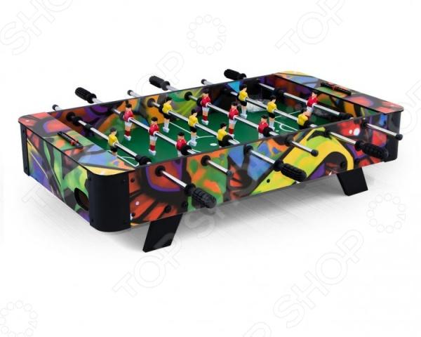 Футбол настольный Weekend Billiard DerbyФутбол настольный<br>Футбол настольный Weekend Billiard Derby отличный подарок для вашего ребенка. Эта захватывающая игра интригует и увлекает не менее, чем реальная игра в футбол. Главное преимущество этой игры в том, то играть в неё можно сразу вдвоем или вчетвером, все зависит от вашего настроения и желания. Настольная игра также отличается своими компактными размерами и простотой в установке, поэтому её можно с комфортом разместить даже в небольших комнатках. Стол выполнен из прочного материала, поэтому он выдержит даже самые сильные нагрузки. Эргономичные пластиковые рукоятки обеспечивают удобный захват. Игра оснащена механическим счетчиком очков и мячами. Такая игра поможет развить у вашего ребенка внимательность, реакцию, спортивный азарт, нацеленность на победу, физические навыки, стратегическое и логическое мышление. Футбол настольный Weekend Billiard Derby обязательно понравится не только маленькому любителю футбола, но и некоторым взрослым, которые захотят вспомнить свое счастливое детство. С помощью этого занимательного домашнего аттракциона вы сможете устраивать настоящие футбольные соревнования прямо в вашей гостиной или детской комнате. Эту мобильную версию можно взять с собой на вечернику, в гости или на дачу.<br>