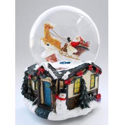 фото Снежный шар музыкальный Crystal Deco «Санта в санях с оленями»