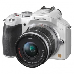 фото Фотокамера цифровая Panasonic DMC-G5KEE. Цвет: белый. Модель: DMC-G5KEE-W