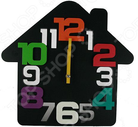Часы настенные «Домик» 222418Часы настенные<br>Часы уже давно перестали быть предметом исключительно практического назначения. Сегодня они являются еще и отличным элементом декора, который вполне может стать настоящей изюминкой вашего интерьера. Разнообразие форм, цветов и стилистических решений способны удовлетворить вкус даже самых требовательных и взыскательных покупателей. Часы настенные Домик 222418 это сочетание непревзойденного качества и стильного современного дизайна. Они прекрасно впишутся в интерьер гостиной или спальни, добавив ему оригинальности и нетривиальности. Часы выполнены в виде домика и украшены яркими большими цифрами. Предусмотрен аналоговый способ отражения времени. Часы работают от батареек типа АА приобретаются отдельно .<br>