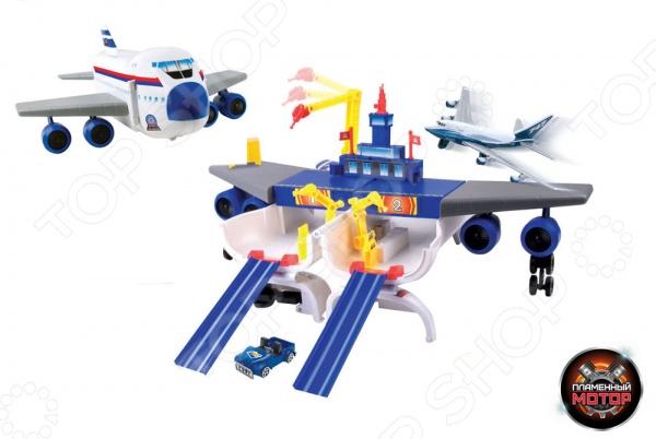 Набор игровой для мальчика Пламенный Мотор «Трансформер. Самолет - Аэропорт»Игровые наборы для мальчиков<br>Набор игровой для мальчика Пламенный Мотор Трансформер. Самолет - Аэропорт - оригинальный игровой набор, который станет замечательным подарком для любого мальчика. Набор представляет собой игрушку 2 в 1. Большой самолет раскладывается и трансформируется в аэропорт с треком двойного заезда. Модель оборудована различными функциональными деталями, которые позволят значительно разнообразить игровой процесс и сделать его еще более интересным и реалистичным. Такая игрушка на долго привлечет внимание ребенка, будет способствовать развитию воображения, мышления, мелкой моторики и сенсорного восприятия.<br>