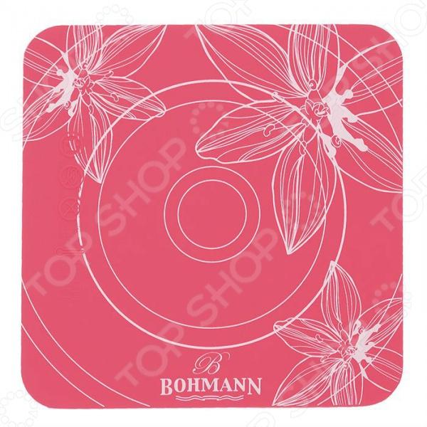 Подставка под тарелки Bohmann ВН-02-508Держатели. Подставки. Органайзеры<br>Подставка под тарелки Bohmann ВН-02-508 оригинальное и функциональное дополнение к интерьеру вашей кухни. Яркая и красочная подставка не только украсит вашу кухню, но и защитит ваш стол от горячих сковородок и кастрюль, противней и тарелок. В ней вдвойне приятнее подавать аппетитные горячие блюда прямо за праздничный стол. Красивая, удобная, практичная и приятная на ощупь подставка выполнена из термостойкого силикона, который отличается своими прекрасными износоустойчивыми качествами.<br>