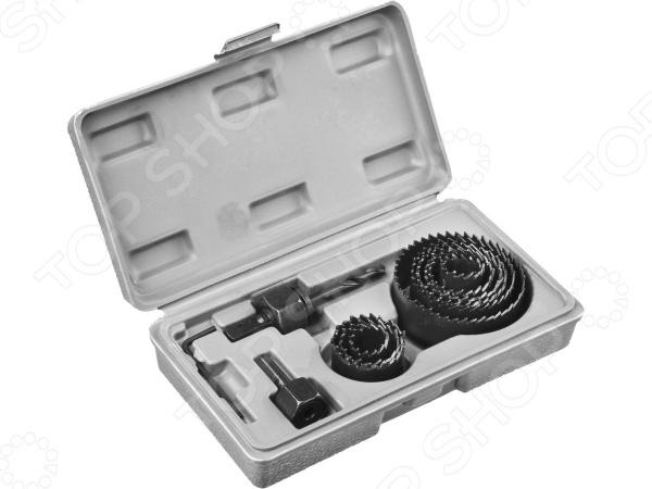 Набор коронок по дереву Stayer Master 29600-H11Коронки. Балеринки. Пилы круговые<br>Набор коронок по дереву Stayer Master 29600-H11 набор инструментов, используемых для выпиливания круглых отверстий в дереве, фанере, ДСП, гипсокартоне, пластике и ламинированной плитке. Он станет отличным дополнением к комплекту ваших слесарных инструментов и пригодится при выполнении ремонтных и монтажных работ. Полотна выполнены из закаленного металла и снабжены прецизионной заточкой зубьев для обеспечения высокой точности и отличного качества выполняемых работ. Парооксидированное покрытие защищает коронки от коррозии. В комплект поставки входят две державки и опорное основание.<br>