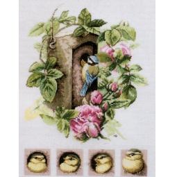 фото Набор для вышивания Lanarte «Скворечник с розовыми розами»
