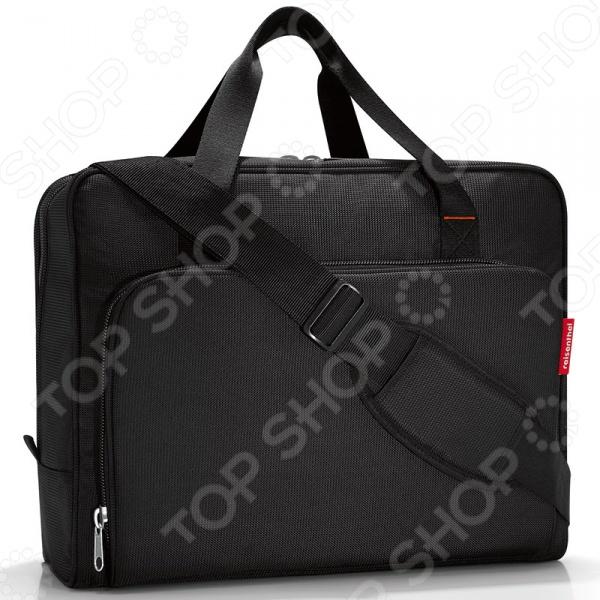 Сумка дорожная Reisenthel Boardingbag blackСумки для покупок<br>Сумка дорожная Reisenthel Activitybag Rings практичная и удобная сумка, в которую можно уместить все необходимые личные вещи, документы, гаджеты и избежать беспорядка. Она отлично подойдет как для ежедневного использования, так и для поездок и путешествий. Основное отделение надежно закрывается на круговую молнию. С внешней стороны имеется два вместительных плоских кармана с дополнительными отделениями. Также имеется специальный ремень для закрепления сумки на чемодане.<br>