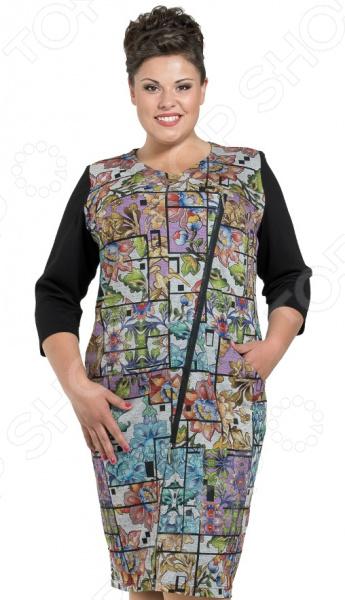 Платье Серебряная нить Лтд «Айседора»Повседневные платья<br>Платье Серебряная нить Лтд Айседора это легкое платье, которое поможет вам создавать невероятные образы, всегда оставаясь женственной и утонченной. Благодаря полуприталенному силуэту оно скроет недостатки фигуры и подчеркнет достоинства. В этом платье вы будете чувствовать себя блистательно как на работе, так и на вечерней прогулке по городу.  Модное платье прямого кроя.  Особого внимания заслуживает замысловатая расцветка платья. Такой прием делает фигуру визуально стройнее и легче, отвлекая внимание от проблемных зон.  Уникальная модель, доступная только в телемагазине Top Shop . Штаны сшиты из полотна, состоящего на 58 из вискозы с добавлением полиэстера и эластана. Ткань быстро высыхает после стирки и не мнется. Даже после длительных стирок и использования это платье будут радовать вас своим качеством.<br>