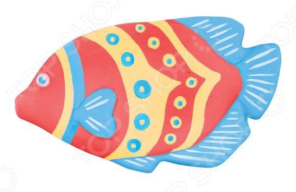 Набор для росписи Color Puppy Цветная рыбка 972099 чудесный набор для детского творчества. Немного терпения и фантазии и декоративная фигурка готова. Ею можно украсить детскую комнату или преподнести в качестве подарка друзьям и близким. Подобные творческие занятия способствуют развитию у детей мелкой моторики рук, сенсорного восприятия и усидчивости. В комплект входит фигурка-основа, акриловые краски 3 цвета и кисточка.