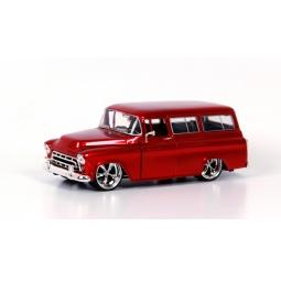фото Модель автомобиля 1:24 Jada Toys Chevy Suburban 1957. Цвет: красный