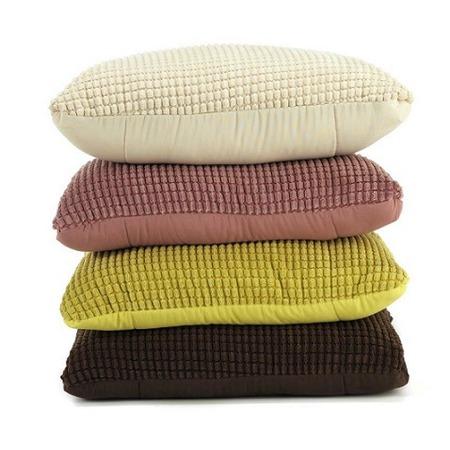 Фото Подушка-одеяло Dormeo Flip 3D. Цвет: коричневый