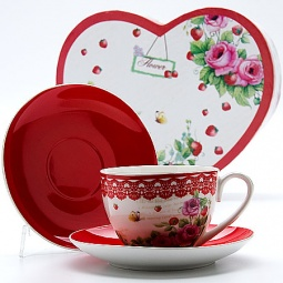 Купить Чайная пара Mayer&Boch MB-22994 «Клубничка»
