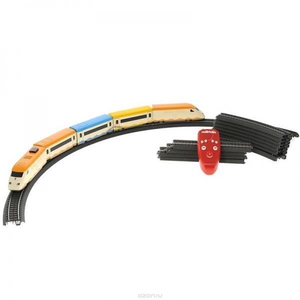 Игрушка на ИК управлении Marklin MouseДругие радиоуправляемые игрушки<br>Игрушка на ИК управлении Marklin Mouse немецкая железная дорога со звуковыми и световыми эффектами. Имеет уникальную трехрельсовую железнодорожную систему. Локомотивы имеют колеса и каркас выполненные из металла. Грузовые и пассажирские вагоны имеют металлические колеса и низкий центр тяжести, который исключает сход рельсов. Такая игрушка способна увлечь как ребенка, так и взрослого и подарить хорошее настроние. Высокоскоротсной поезд имеет 3 скорости движения.<br>