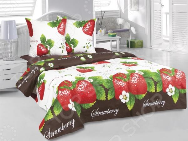 Комплект постельного белья Tete-a-Tete «Клубника». СемейныйСемейные<br>Комплект постельного белья Tete-a-Tete Клубника это удобное постельное белье, которое подойдет для ежедневного использования. Чтобы ваш сон всегда был приятным, а пробуждение легким, необходимо подобрать то постельное белье, которое будет соответствовать всем вашим пожеланиям. Приятный цвет, нежный принт и высокое качество ткани обеспечат вам крепкий и спокойный сон. Бязь, из которой сшит комплект отличается следующими качествами:  100 натуральное хлопковое волокно;  высокая гигроскопичность и антибактериальные свойства;  высокая прочность и эластичность;  даже после многократных стирок не линяет и не теряет своих свойств. Постельное белье этой марки отличается экологически чистыми материалами и устойчивыми красителями. Что бы сохранить цвет и другие характеристики ткани, следует стирать при температуре 40 градусов, а так же выбирать щадящий режим сушки и отжима. Перед стиркой следует вывернуть пододеяльник и наволочки наизнанку. Стирать с постельным бельем из других видов тканей не рекомендуется во избежание потери качества.<br>