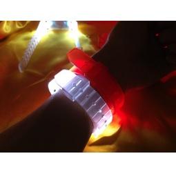 Купить LED-браслет с функцией активации от звука 31 век. В ассортименте