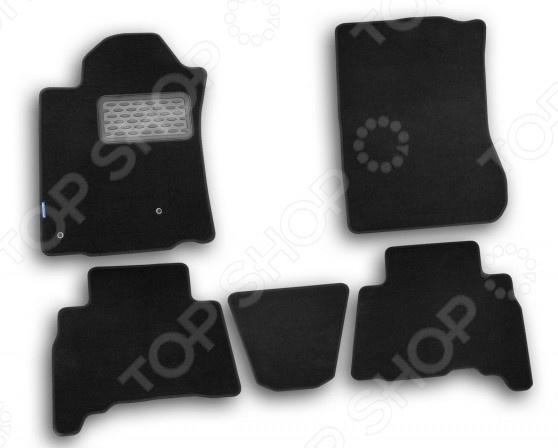 Комплект ковриков в салон автомобиля Novline-Autofamily Toyota Land Cruiser 150 2010-2013 внедорожник. Цвет: черныйКоврики в салон<br>Комплект ковриков в салон автомобиля Novline-Autofamily Toyota Land Cruiser 150 2010-2013 поможет обеспечить чистоту и комфортные условия эксплуатации вашего автомобиля. Используйте эти коврики, чтобы защитить оригинальное покрытие пола от грязи, пыли, пятен и воздействия влаги. Изделия созданы из экологически чистого материала, прошедшего строгий гигиенический контроль. Оцените основные преимущества текстильных ковриков Novline:  Устойчивость к воздействию ультрафиолетовых лучей.  Плотная основа и ворс устойчивы к износу.  Нейтральность к агрессивному воздействую различных химических сред.  Форма ковриков разработана с учетом особенностей конкретной марки и модели автомобиля применяется технология 3D-сканирования для максимальной точности , что избавляет владельца от необходимости их подгонки под салон своей машины. Коврики надежно фиксируются на своих местах и не смещаются.  Легко чистятся пылесосом, а также при помощи специализированных моющих средств. Товар, представленный на фотографии, может незначительно отличаться по форме и оттенку от данной модели. Фотография приведена для общего ознакомления покупателя с качеством исполнения товаров производителя.<br>