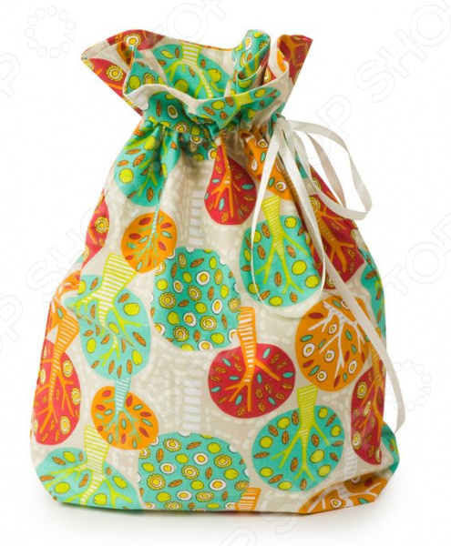 Мешочек для подарков Dream Time K030Подарочная упаковка. Открытки<br>Мешочек для подарков Dream Time K030 яркая и оригинальная упаковка, которая станет завещающим штрихом в элегантном оформлении вашего подарка. Даже небольшой знак внимания, преподнесенный в красивой и изысканной упаковке, станет эффектным и запоминающимся. К тому же привычные упаковочные пакеты и обертки после торжества наверняка будут уничтожены, а эта удивительная котомка сможет послужить своему новому владельцу в качестве удобного места для хранения различных мелочей, любимых вещей. Пусть ваш подарок запомнится надолго! Несколько из особенностей этого мешочка:  выполнен из натурального хлопкового материала;  он отличается долговечностью, экологичностью и прекрасной гигроскопичностью;  довольно плотный мешочек выдержит даже тяжелый подарок;  предусмотрена специальная завязочка из атласной ленты;  полотно оформлено стильным и ярким принтом в виде деревьев. Преподнесите свой незабываемый подарок в такой оригинальной упаковке ко Дню Рождения, Крестинам, Именинам, Дню Святого Валентина или к 8 марта универсальный дизайн подойдет ко всему! Для данного изделия рекомендуется деликатная стирка при температуре не более 40 С.<br>