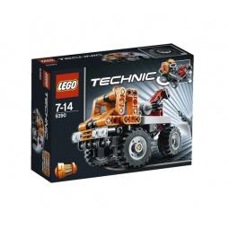 фото Конструктор LEGO Эвакуатор