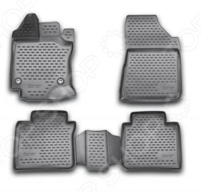 Комплект 3D ковриков в салон автомобиля Novline-Autofamily Toyota Venza 2013Коврики в салон<br>Комплект 3D ковриков в салон автомобиля Novline Autofamily Toyota Venza 2013 объемные коврики, созданные для сохранения чистоты в салоне автомобиля. Сделаны из плотного полиуретана, обладают повышенной прочностью, износостойкостью и очень удобны в использовании. Эти коврики станут неотъемлемой частью вашего автомобильного интерьера. Они очень удобны в обращении и не требуют особых условий чистки. Преимущества:  Коврики оснащены фиксаторами,  защита от западания педали газа,  антискользящий рельеф,  идеальная подходимость. В комплекте есть 4 штуки.<br>