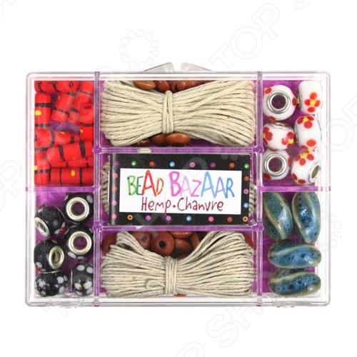 Набор для создания украшений Bead Bazaar «Племя Семинолы»Наборы для создания украшений<br>Какая девочка не мечтает создавать уникальные и стильные вещи собственными руками. Иногда вход идут любые подручные средства - и маленькие бусинки со старых маминых бус, и желуди, и деревянные брусочки, умело выстроганные папой или дедушкой, и даже небольшие стекляшки. Набор для создания украшений Bead Bazaar Племя Семинолы удивительный и оригинальный набор для детского творчества, который не только выглядит очень интересно и необычно, но и содержит деревянные, керамические, стеклянные бусинки ручной работы самой разнообразной формы и цвета. Они все хранятся в оригинальном пластиковом кейсе с разделителями, что во многом облегчает плетение. Набор для создания украшений Bead Bazaar Племя Семинолы , помимо бусинок, содержит специальные пеньковые веревочки и инструкцию по сборке, поэтому процесс плетения не будет вызывать у малышки трудностей и проблем. Используя эти разноцветные бусинки, девочка сможет создавать не только оригинальные браслетики, но и роскошные бусы, брелочки и подвески. Достаточно проявить фантазию и могут получиться подделки необыкновенной красоты, которые потом можно преподнести в качестве оригинального подарка на любой праздник. Все элементы выполнены из экологически чистых материалов, что также является достаточно весомым преимуществом. Оптимальный размер бусинок позволит малышке легко управляться с их нанизыванием на веревочки. Этот удивительный набор для создания украшений Bead Bazaar Племя Семинолы поможет развить у вашей малышке чувство стиля, логическое и пространственное мышление, внимательность, цветовое восприятие, мелкую моторику рук и безграничную фантазию.<br>