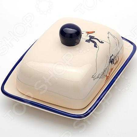 Масленка Loraine LR-4703Масленки и паштетницы<br>Масленка Loraine LR-4703 идеальное решение для вашей кухни и дома. Эта простая и элегантная масленка выполнена из качественной доломитовой керамики покрытой глазурью, что делает её удивительно износостойкой и легкой в уходе. С ней хранение масла станет ещё более простым и удобным. Вам больше не придется каждый раз пачкаться, разворачивая в очередной раз лакомый кусочек масла. Достаточно поднять крышку и масло прямо пред вами. К тому же хранение в масла в такой тарелочке надежно убережет его от посторонних запахов и примесей. Благодаря оригинальному дизайну масленку можно поставить прямо за праздничный или обеденный стол, так как она идеально впишется в любой интерьер. Изделие подходит для использования в холодильной или морозильной камере, микроволновой печи и посудомоечной машине. Масленка рассчитана примерно на 200 г масла.<br>