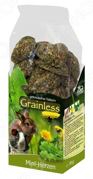 Лакомство для грызунов JR Farm Grainless Mini HerzenЛакомства для грызунов<br>Лакомство JR Farm Grainless Mini Herzen предназначено специально для грызунов. Ваш питомец будет в восторге от своего нового блюда. Семена, травы и овощи все эти компоненты не только разнообразят рацион пушистого зверька, но и обогатят его полезными витаминами, питательными веществами, микро- и макроэлементами. Печенье в виде сердечек будет отличной наградой при дрессуре или вкусным угощением между приемами основных блюд . Сбалансированное лакомство легко усваивается, а также способствует равномерному стачиванию зубов домашнего любимца.<br>