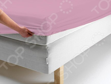 Простыня на резинке Ecotex трикотажная. Цвет: фиолетовыйПростыни<br>Простыня на резинке Ecotex трикотажная это трикотажная простыня, которая обеспечит максимальный комфорт во время сна и поможет создать в спальне настоящий уют. Простыня изготовлена из высококачественного хлопка, что гарантирует здоровый и спокойный сон в любое время года, ведь этот материал обладает отличными дышащими , впитывающими и гигиеническими свойствами. Также простыня снабжена резинкой по всему периметру, поэтому отлично держится на матрасе и ее не надо часто поправлять. Главное это подобрать размер простыни под ваш матрас, в противном случае вам не избежать скатывания материала. Простыню легко гладить, но это не обязательно, ведь поверхность идеально ровная и гладкая даже после стирки.<br>