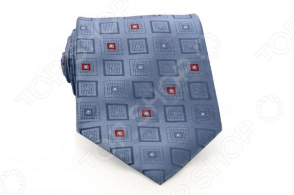 Галстук Mondigo 33603Галстуки. Бабочки. Воротнички<br>Галстук Mondigo 33603 - стильный мужской галстук, выполненный из микрофибры, которая обладает высокой устойчивостью и выдерживает богатую палитру оттенков. Галстук голубого цвета, украшен принтом из квадратиков. Такой стильный галстук будет очаровательно смотреться с мужскими рубашками темных и светлых оттенков. Упакован галстук в специальный чехол для аккуратной транспортировки. Дизайн дополнит деловой стиль и придаст изюминку к образу строгого делового костюма.<br>