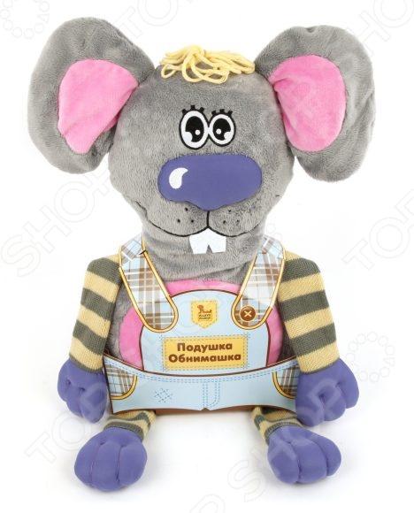 Подушка-игрушка Fluffy Family «Мышь» 681173Подушки детские<br>Подушка-игрушка Fluffy Family Мышь 681173 станет лучшим другом для вашего малыша! С таким обаятельным мышонком любое путешествие по плечу, а если в дороге вдруг настигнет усталость, то верный друг превратится в уютную подушечку, благодаря которой ребенок сможет хорошо выспаться и набраться сил. У игрушки две мордочки: одна улыбающаяся, а другая с закрытыми глазками.<br>