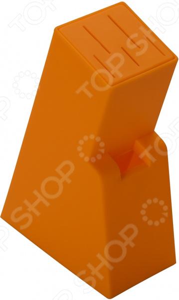 Подставка для ножей Regent Block 93-KN-WB-12Подставки для ножей. Держатели<br>Подставка для ножей Regent Block 93-KN-WB-12 стильное и практичное приспособление, которое необходимо на любой кухне. Подставка рассчитана на одновременное хранение пяти различных ножей, также имеется отдельное отверстие для кухонных ножниц. Наклонная конструкция изделия облегчает извлечение ножей и предотвращает повреждение лезвий. Подставка выполнена из высокопрочного пластика материал не содержит токсичных веществ и не боится повышенной влажности, он легко очищается под проточной водой. Изделие можно мыть как вручную, так и в посудомоечной машине. Оно подойдет для хранения и металлических, и керамических ножей. Благодаря яркой расцветке подставка внесет новизну в привычную обстановку кухни.<br>
