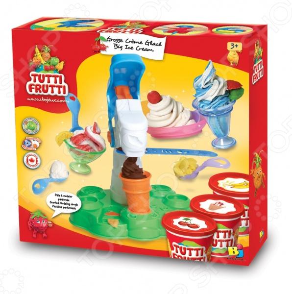 Набор массы для лепки Bojeux Мороженое прекрасно подойдет для детского творчества и даст малышу возможность ощутить себя настоящим кондитером-мороженщиком. Создавайте с ребенком оригинальные необычные поделки в виде вкусных десертов и украшайте ими интерьер. Такие творческие занятия способствуют развитию у малышей воображения, пространственного мышления, мелкой моторики рук и восприятия форм и цветов. В качестве рабочего материала для создания поделок используется пластичное тесто, предназначенное для моделирования и лепки различных изделий. Оно абсолютно безвредно для здоровья детей, состоит исключительно из натуральных компонентов муки, соли и воды с добавлением пищевых красителей и ароматизаторов. В игровой набор входит все необходимое: три баночки с тестом, пресс с насадками для мороженого, вазочки и кондитерские ложки.