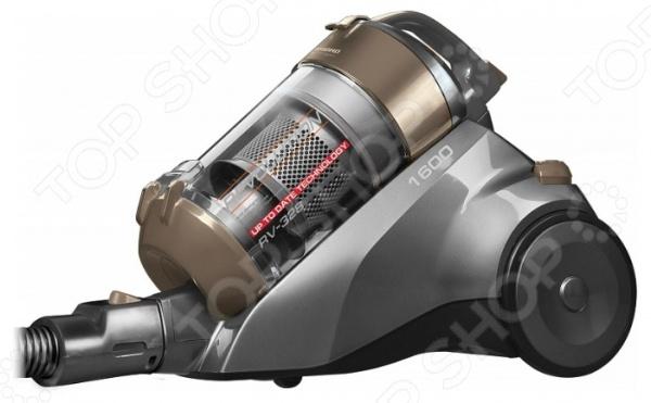 Пылесос Redmond RV-328Безмешковые пылесосы с контейнером<br>Пылесос Redmond RV-328 станет отличным дополнением к набору вашей бытовой техники. Модель практична и удобна в использовании, обладает мощностью всасывания, достаточной для эффективной очистки различных напольных и ковровых покрытий. В качестве пылесборника используется контейнер объемом 1,5 литра. Пылесос снабжен телескопической трубой всасывания, регулятором мощности и системой автосматывания сетевого шнура. Предусмотрена многоступенчатая циклоническая система фильтрации. В комплект поставки входит щетка пол ковер, щелевая насадка и турбощетка.<br>