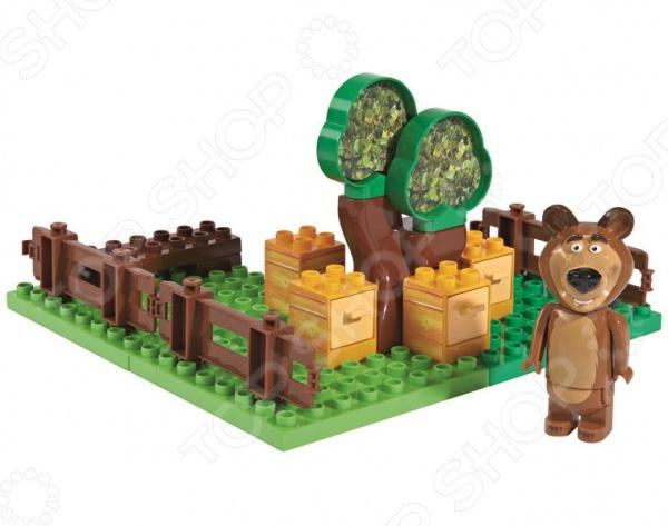 Конструктор игровой BIG «Пчелиная ферма Мишки»Игровые конструкторы<br>Конструктор игровой BIG Пчелиная ферма Мишки детский комплект для маленьких детишек, состоящий из деталей, с помощью которых можно собрать игрушку. Отлично подойдет для веселой игры и развития ребенка. В сам набор входят 21 деталь, включая фигурку медведя. Этот конструктор является достаточно практичным учебным пособием, так как он развивает память, мышление, логику, фантазию, а также моторику рук.<br>