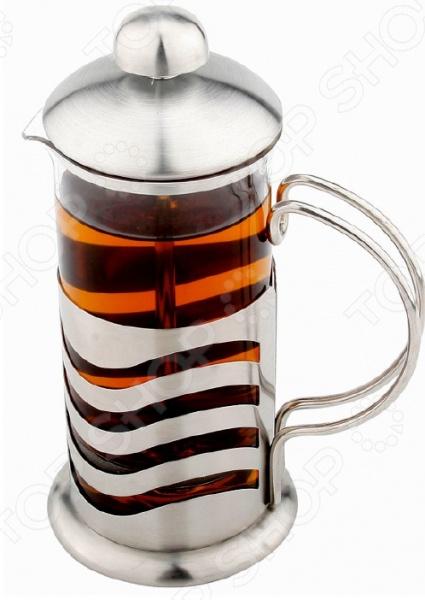 Френч-пресс Vitax VX-3003Френч-прессы<br>Френч-пресс Vitax VX-3003 создан для приготовления кофе способом настаивания и отжима. Процесс получения необычного напитка займет не более 5 минут. В заварник засыпается кофе крупного помола и заливается горячей водой, а затем настаивается около 4 минут. Потом необходимо нажать на специальный вертикальный стержень с сетчатым фильтром в основании, который прижмет кофейную гущу ко дну. Кофе с насыщенным вкусом и ароматом готов.<br>
