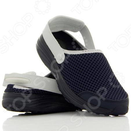 Сандалии-слипы Walkmaxx. Цвет: синийКлоги. Тапочки. Сандалии<br>Сандалии-слипы Walkmaxx сделают любую прогулку еще приятнее даже в самую жаркую погоду. Эта удобная обувь подойдет как для улицы, так и для домашнего использования. Однако они особенно хороши для отдыха на пляже. Ремешки перемещаются вперед и назад, что делает возможным использование обуви в качестве сандалий или слипов. Также ремешки можно отстегнуть, ведь они на кнопках. Обувь имеет оригинальную округлую подошву Walkmaxx, которая способствует укреплению мышц ног и ягодиц. Стопа, перекатываясь с пятки на носок, находится в постоянном движении, усиливая циркуляцию крови. В результате ноги не затекают. При ходьбе в этих сандалиях давление перераспределяется с суставов на мышцы, что позволяет терять вес и укреплять свое тело с каждым вашим шагом. Оцените основные преимущества Walkmaxx Beach Slip On:  Удобные, привлекательные и современные: новый яркий дизайн, подчеркивающий изысканность вашего повседневного внешнего вида.  Оригинальная подошва округлой формы Walkmaxx изготовлена из EVA-резиновой смеси, обеспечивающей дополнительную амортизацию.  На пятках сандалий встроены гелиевые вкладыши для превосходной амортизации и поглощения ударов при ходьбе.  Поверхность сделана из современного материала, который создает отличную вентиляцию, сохраняя ноги свежими и сухими.  Обеспечивают правильное положение стопы.<br>
