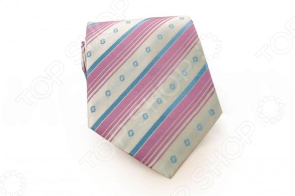 Галстук Mondigo 44324Галстук Mondigo 44324 - великолепный мужской галстук ручной работы, выполненный из шелка, который обладает хорошими гигиеническими свойствами и особым блеском. Галстук бледно-розового цвета, украшен диагональными полосками и мелким фактурным узором. Края галстука обработаны лазерным методом. На обратной стороне галстука находится простроченная шелковая нитка, которая позволяет регулировать длину изделию. Такой стильный галстук будет очаровательно смотреться с мужскими рубашками темных и светлых оттенков.<br>