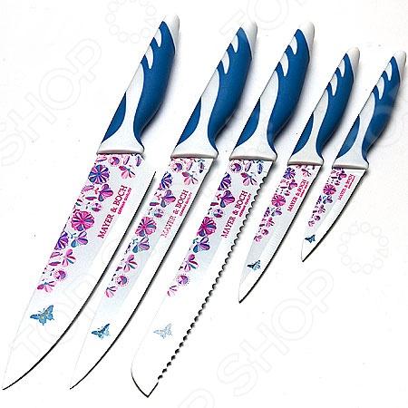Набор ножей Mayer&amp;amp;Boch MB-20722Ножи<br>Набор ножей Mayer Boch MB-20722 с лезвиями из высококачественной нержавеющей стали станет незаменимым на вашей кухне. Кроме того, лезвия покрыты специальным керамическим слоем, обладающим антибактериальными свойствами. Таким образом, данный комплект сочетает в себе прочность традиционных стальных и остроту керамических ножей. Идеально гладкая полированная поверхность клинков легко моется, не впитывает и не передает запахи пищи при параллельной нарезке различных продуктов. Mayer Boch MB-20722 идеально подойдет для резки как мяса и рыбы, так и фруктов и овощей. Эргономичная рукоять каждого изделия выполнена из пластика с силиконовыми вставками. Рельефная поверхность рукояти обеспечит надежный захват и не даст ножу скользить в руке при использовании. В набор входит 5 ножей различного предназначения и удобная подставка из прозрачного пластика. С набором ножей Mayer Boch MB-20722, вы почувствуете себя профессиональным шеф-поваром.<br>