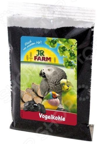 Уголь древесный для птиц JR Farm VogelcohleВитамины и подкормки для птиц<br>Уголь древесный для птиц JR Farm Vogelcohle натуральная и очень полезная смесь, употребление которой способствует улучшению пищеварения. Подкормка изготовлена из натуральной древесины, не содержит красителей, консервантов и пестицидов. Подходит для всех видов птиц. Объем порции необходимо определять следующим образом: в зависимости от размера вашего питомца еженедельно добавляйте в его основной корм смесь в размере 1-6 гр. Соответственно, чем крупнее птица, тем большее количество смеси ей необходимо, но оно не должно превышать 6 гр.<br>