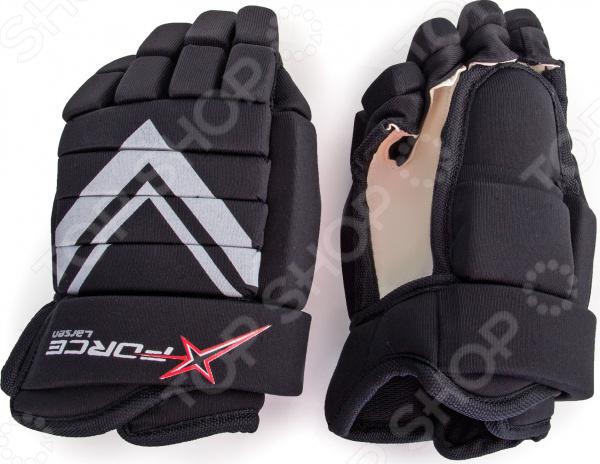 Краги Larsen X-Force HG-R7.5 JRЭкипировка хоккейная<br>Краги Larsen X-Force HG-R7.5 JR надежные защитные перчатки для юного хоккеиста. Благодаря усовершенствованной конструкции большого пальца обеспечивается большая маневренность и подвижность руки. Многосекционные вставки из пластика надежно защищают кисть от повреждений и вывихов. Особая конструкция внутренней части краги, разработанная по технологии Anatomic Fit System, идеально повторяет контуры руки и обеспечивает максимальное удобство ношения. Наполнитель краги высококачественный пенополиуретан, основной материал полиэстер.<br>