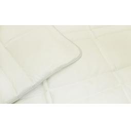 фото Одеяло Casabel M. Размерность: 1,5-спальное. Цвет: кремовый