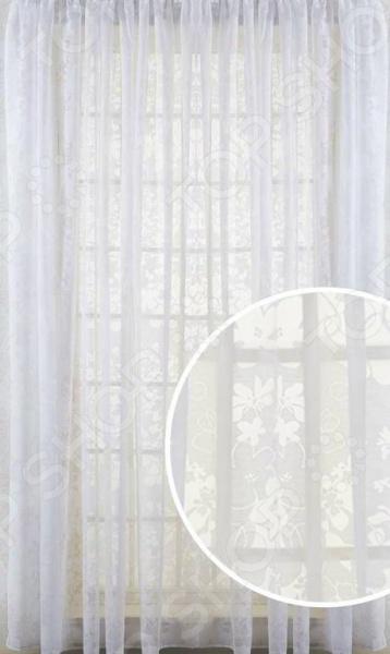Шторы Primavelle FloraШторы<br>Шторы Primavelle Flora это качественный оконный занавес, который преобразит интерьер и оживит атмосферу, придав всей комнате домашний уют, завершенность и оригинальность. Шторы изготовлены из 50 вискозы и 50 полиэстера. Такой состав ткани имеет отличные потребительские свойства он практически не мнется, легко отстирывается от загрязнений, не притягивает пыль и не требует глажки. Благодаря этому ткань способна выдержать сотни стирок без потери цвета и прочности. Шторы с цветочным дизайном хорошо пропускают дневной свет, но при этом рассеивают его, что идеально для комнат, выходящих на солнечную сторону. Модель крепится на шторную ленту. Интерьер квартиры или дома, в котором окна не украшены занавесом, сегодня трудно представить, поэтому шторы станут отличным подарком для любого человека. Купить шторы способ недорого, быстро и изящно преобразить дизайн домашнего интерьера!<br>