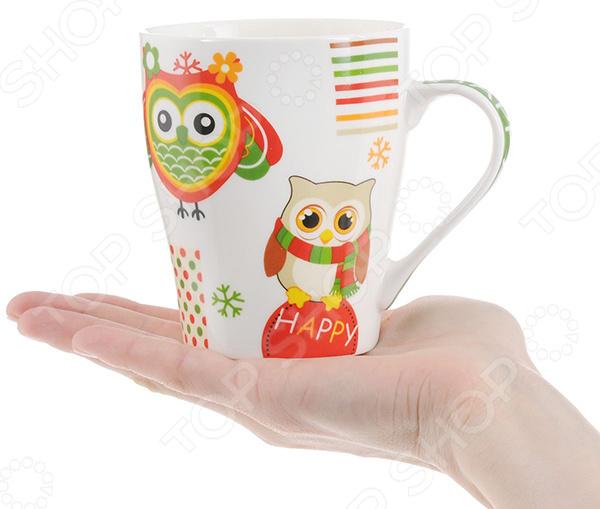 Кружка Loraine LR-24447 «Сова»Кружки. Чашки<br>Большая кружка хорошего и ароматного чая, кофе или какао это отличный способ начать новый день, поднять себе настроение или просто расслабиться после тяжелого трудового дня, поэтому от того, из какой чашки вы пьете свой любимый напиток будет зависеть ваше настроение и дальнейшее самочувствие. Кружки сейчас стали не просто функциональным предметом, но и декоративным украшением кухни или столовой. Кружка Loraine LR-24447 Сова сделает чаепитие ещё более приятным, ведь эстетичная форма и оригинальный тематический дизайн дарят удивительно приятные эмоции и впечатления в холодное время года. Эта очаровательная кружка также послужит красивым дополнением любого кухонного интерьера. Удобная ручка позволяет без труда держать кружку, не боясь обжечься. Главной особенностью этого изделия является то, что оно выполнено из качественного костяного фарфора - экологически чистого материала, который обеспечит долговечность изделия и простоту в использовании, уходе. Стильный и элегантный дизайн, без сомнения, понравится вам, вашим родным и близким. Благодаря современным технологиям он надолго сохранит свои яркие цвета. Создайте приятную и непринужденную атмосферу прямо у вас на кухне с элегантной кружкой Loraine LR-24447 Сова !<br>