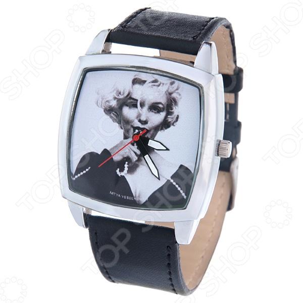 Часы наручные Mitya Veselkov «Монро с бусами» CH