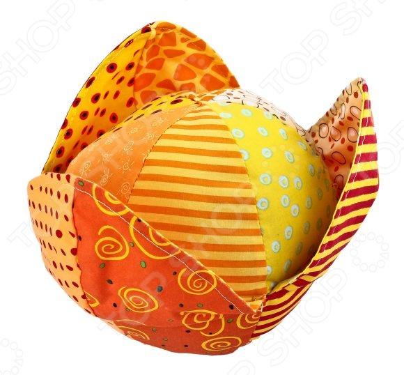 Мягкая игрушка развивающая Жирафики «Апельсин»Мягкие развивающие игрушки<br>Развивающая игрушка мягкая Жирафики Апельсин это отличное приобретение для вашего крохи. Игры с ней будут способствовать развитию у малыша мелкой моторики рук, хватательного рефлекса и сенсорного восприятия. Игрушка выполнена в ярких красочных цветах и снабжена гремящими и шуршащими элементами. Предназначено для детей в возрасте от 3-х месяцев.<br>