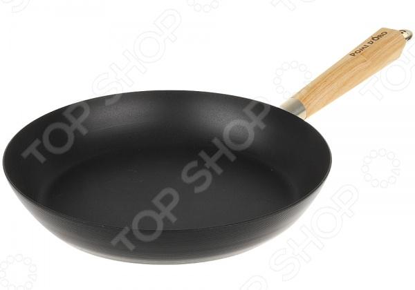 Сковорода POMIDORO PCS-600001Сковороды<br>Сковорода POMIDORO PCS-600001 станет важным дополнением любой кухни, ведь она прекрасно подходит для приготовления всех видов продуктов! Благодаря современному антипригарному нано-покрытию, на ней можно готовить разнообразные блюда из мяса, рыбы и овощей практически не используя масло. В процессе нанесения покрытий не используется перфоктановая кислота, что вкупе с идеально гладкой поверхностью делает посуду марки POMIDORO эталоном экологичного и безопасного питания. Модель снабжена удобной ручкой из светлого дерева со стальным каркасом и двуточечным креплением. Кроме того, сковорода легко моется, поэтому мытье посуды перестанет быть для вас утомительным и трудоемким процессом! Marcomb это новейшая разработка в сфере антипригарных покрытий. Имеет ячеистую структуру, содержащую в себе молекулы силикона. Благодаря своему составу такое покрытие наносится особым способом, что придает ему невероятную устойчивость к трещинам и сколам вы даже можете использовать металлические аксессуары при приготовлении!<br>