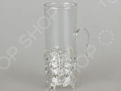 Набор стаканов и подстаканников Rosenberg S-2146Стаканы<br>Набор стаканов и подстаканников Rosenberg S-2146 оригинальный и практичный комплект, который обязательно оценят многие. Ведь его дизайн навевает ностальгию, особенно у тех, кто часто ездил в поездах и пил чай именно из таких замечательных и удобных стаканов. Набор представлен шестью стаканами с ажурными подставками, дополненными рукоятками. В нижней части подставки имеются небольшие ножки, за счет чего на поверхности стола не останется следов от горячего. Объем стакана 200 мл.<br>