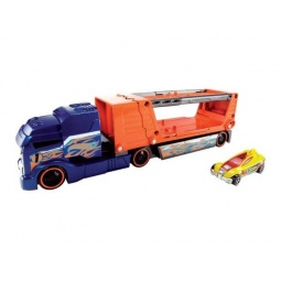 "фото Машинка игрушечная Mattel и трейлер ""Краш тест"""