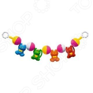 Погремушка-подвеска Стеллар 10392Погремушки. Подвески<br>Погремушка-подвеска Стеллар 10392 это милая игрушка, которая точно понравится вашему ребенку. Яркая игрушка привлечет внимание малыша, поможет ему расслабиться и отвлечься от неприятных впечатлений. Внутри есть погремушка, поэтому если ребенок потрясет игрушкой в воздухе, то он услышит приятный звон. Ребенку очень понравится играть с этой игрушкой. При игре с такой игрушкой ребенок развивает слух, зрение, мелкую моторику рук и тактильные ощущения.<br>